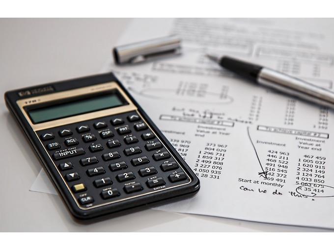 +/- 50% du budget mensuel des ménages absorbé par le logement