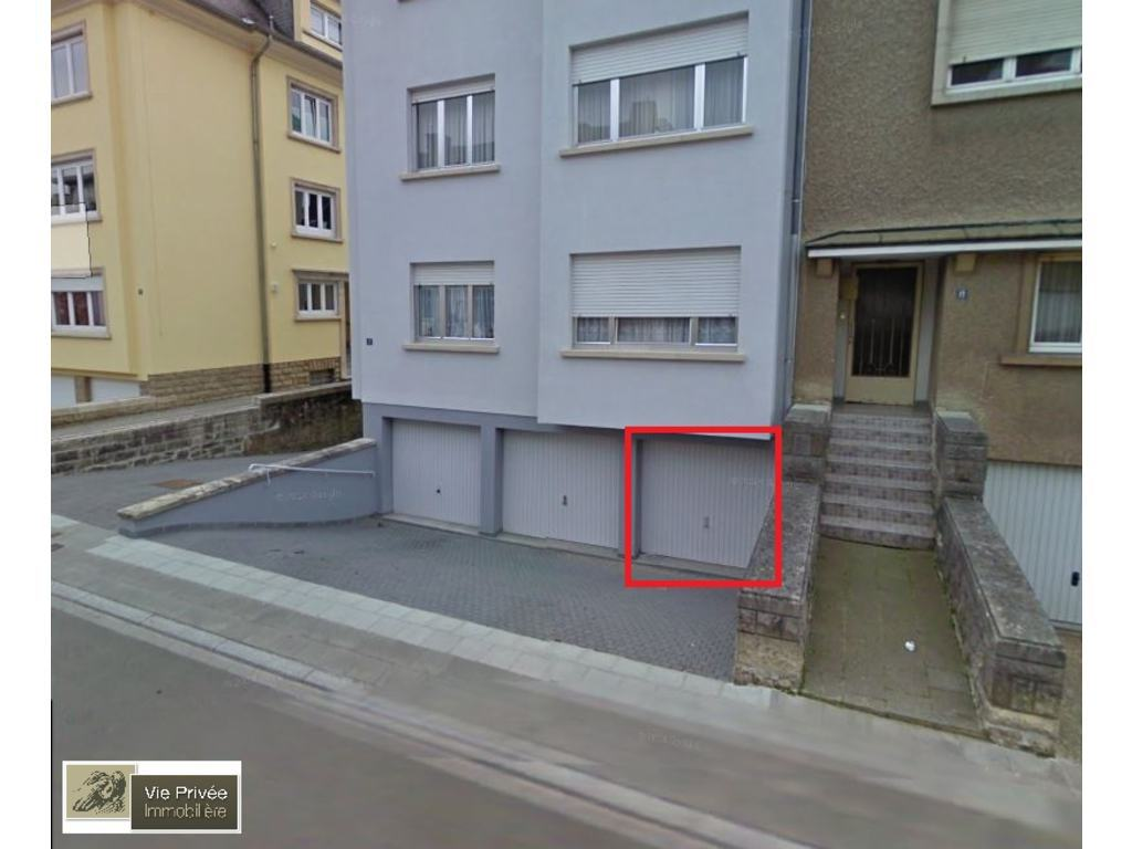 Garage for rent in luxembourg belair luxembourg ref. uv6z