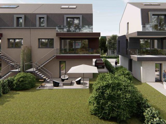 Semi Detached House In BERTRANGE