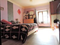 Terraced house for sale in VILLE-HOUDLÉMONT, FR.