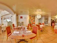 Hotel for sale in ARGANCY, FR.
