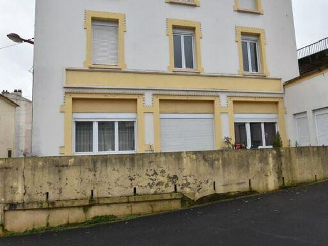 Immeuble de rapport à vendre à RÉHON (FR)