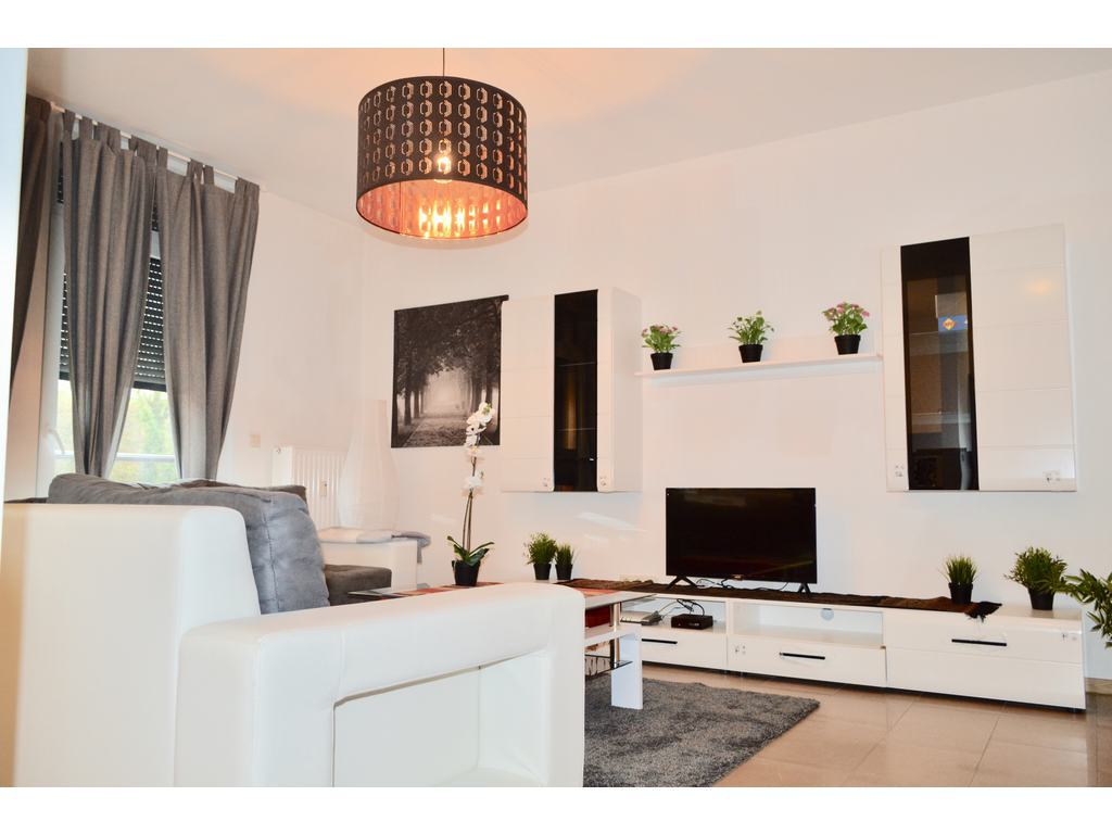 appartement meubl louer altwies r f qfi4 patrimonew immobili re sarl. Black Bedroom Furniture Sets. Home Design Ideas