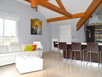 Apartamento à venda em COSNES-ET-ROMAIN, FR.